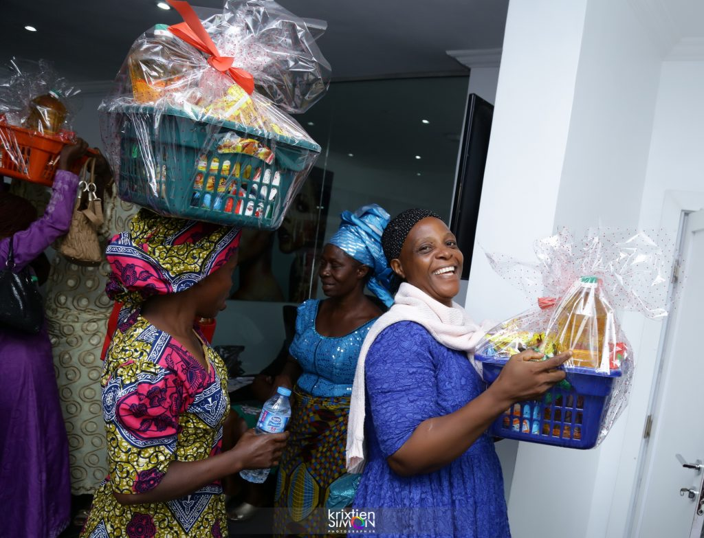 Widows with hampers