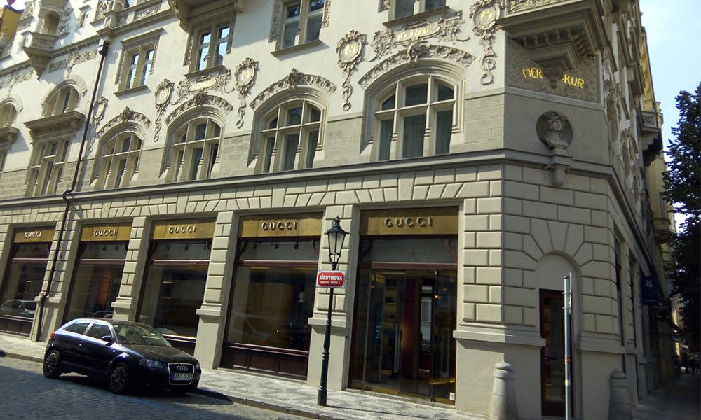 Pařížská Street